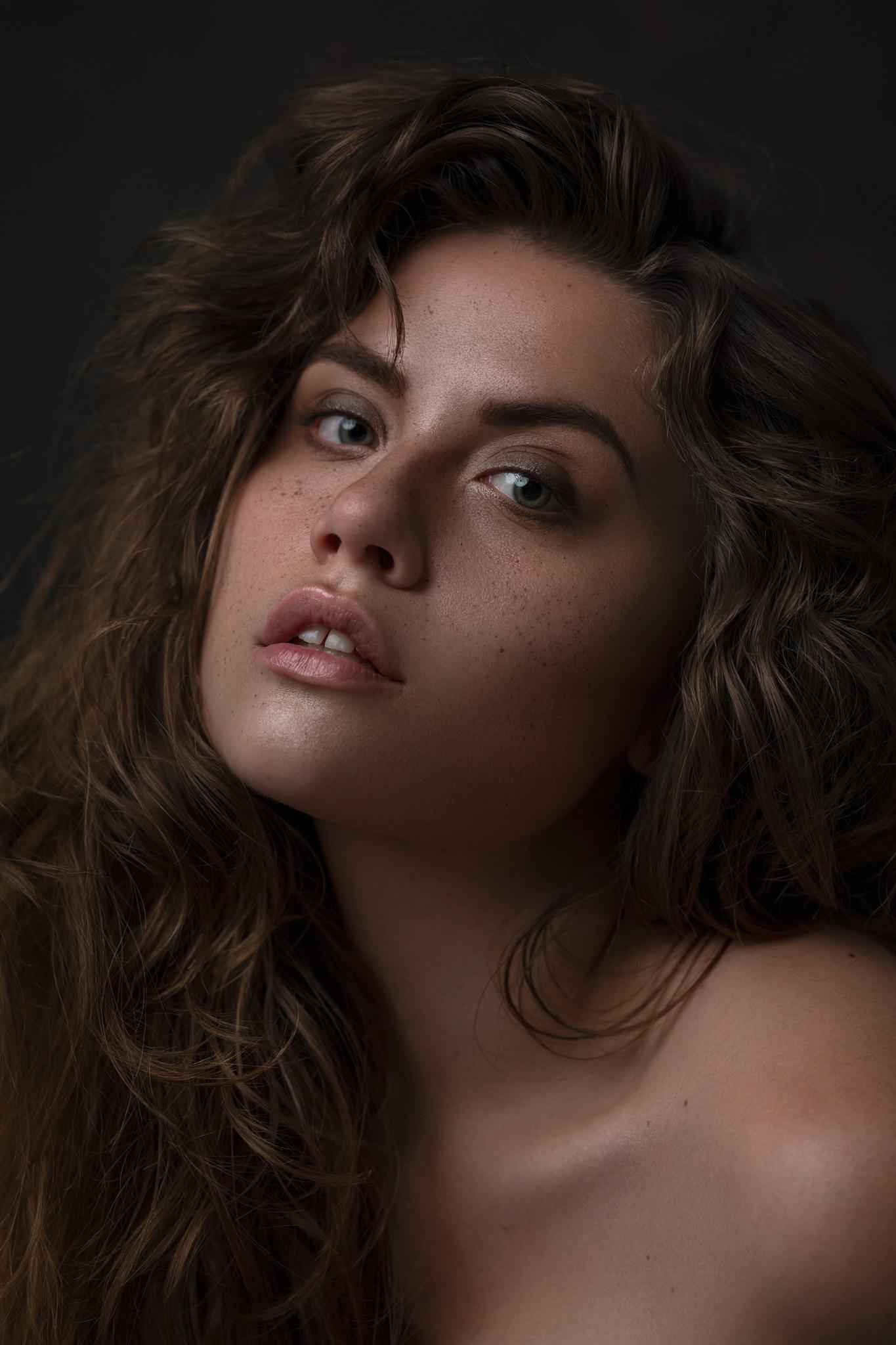 Photographer: Jessica Wikström  Retouch Artist: Maja Swiderska  Makeup Artist: Maria Frorer Model: Sara Semb